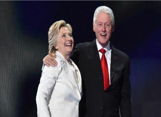 Bill Clinton and Hillary Clinton Love Story
