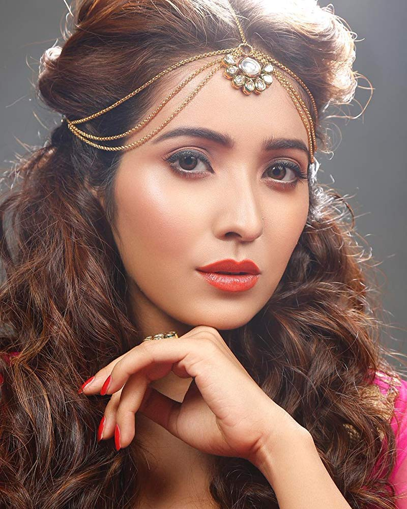 Asha Negi love life in live in elationship